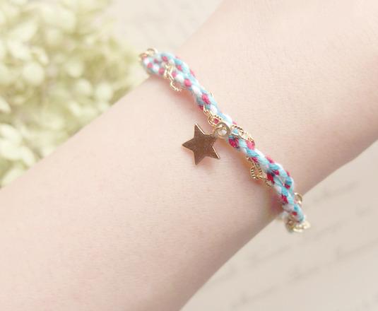 ヒモとチェーンと星のブレスレット(ブルー)