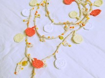 ❁yellow flower lariat❁
