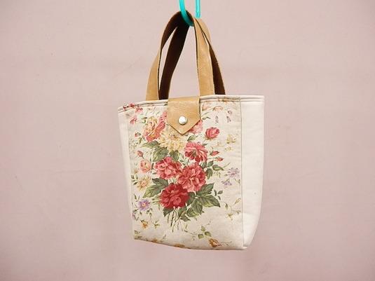 花柄バッグ