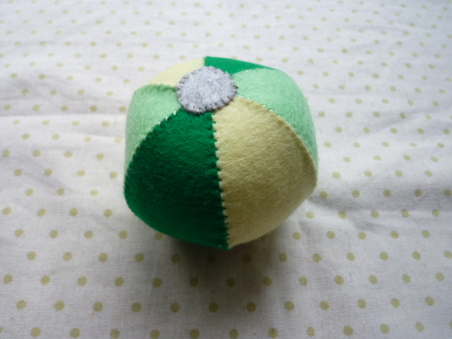 <再販>鈴入りボール(緑系)