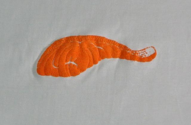 モコモコ鮭の切り身Tシャツ レディース(S M L)