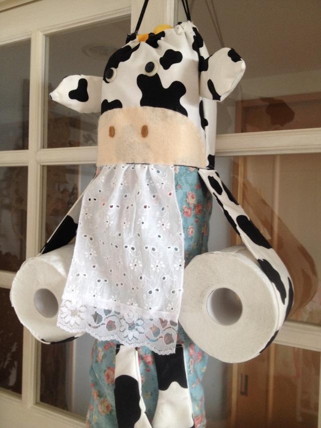 牛さんのトイレットペーパーストッカー