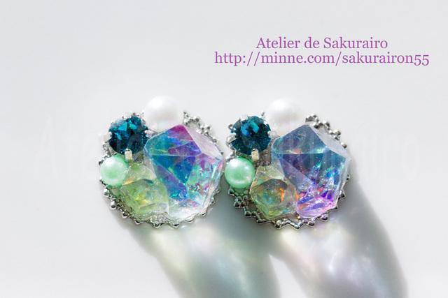 虹iro鉱石ピアス =ブルージルコン=
