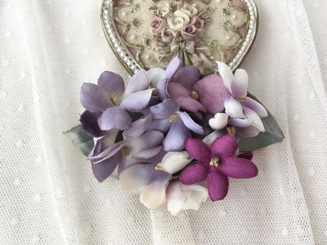 スミレ色のお花クリップ