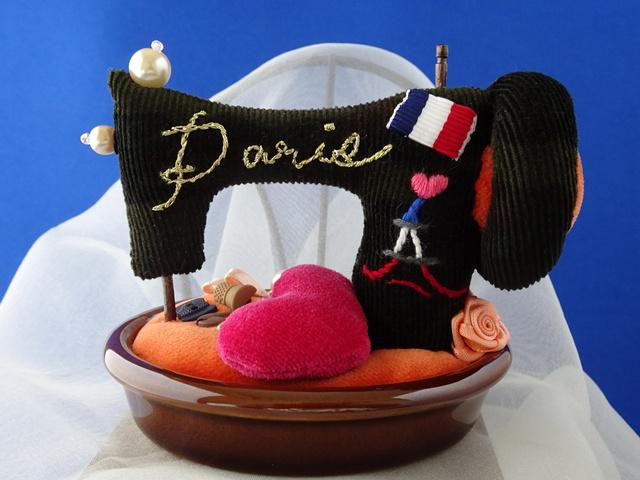 ミシン型ピンクッション陶器台(小型)迷彩