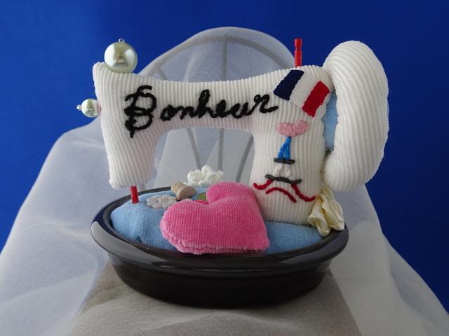 ミシン型ピンクッション陶器台(小型)...