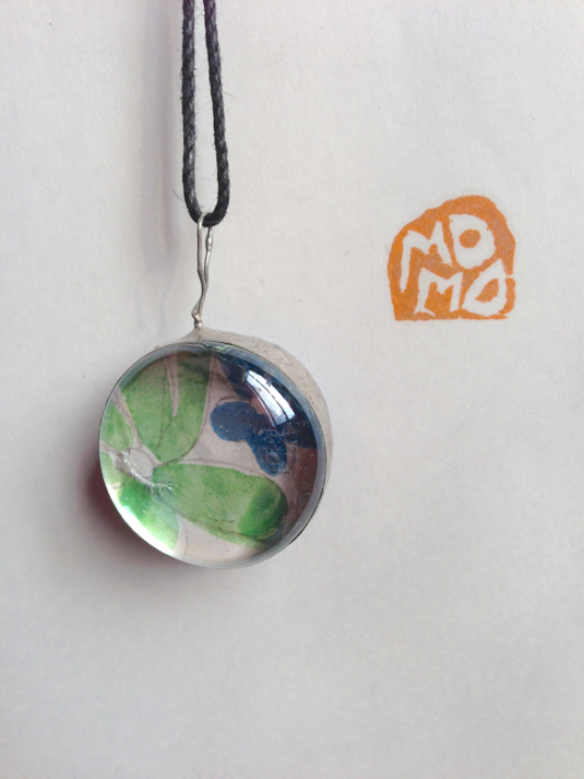 momo2012 ���饹�ͥå��쥹��Drop large