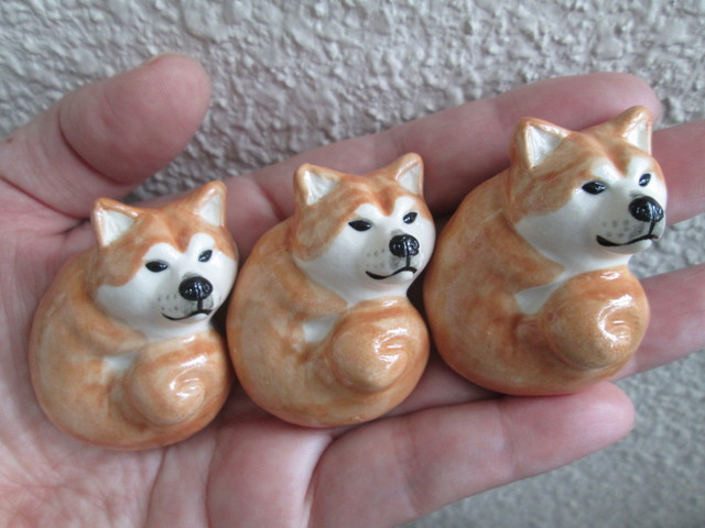 秋田犬の箸置き(3個セット)