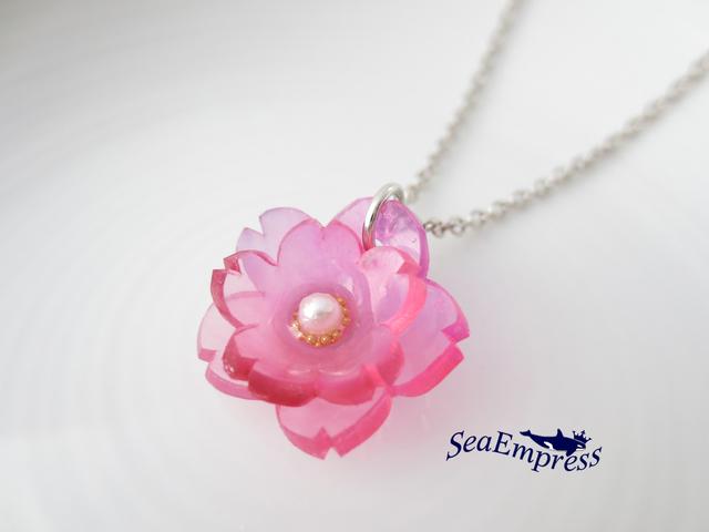 ピンクの八重桜ネックレス(シルバー)
