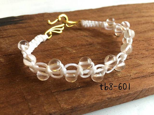 tb8-601\t天然石ブレス?\tフック式(ゴ...