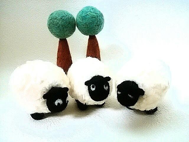 羊毛フェルト mさまオーダー品 羊たち...