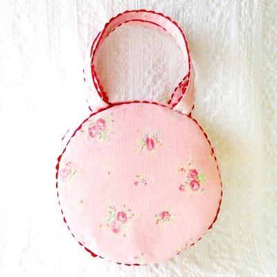 スウィートピンクのまんまるバッグ