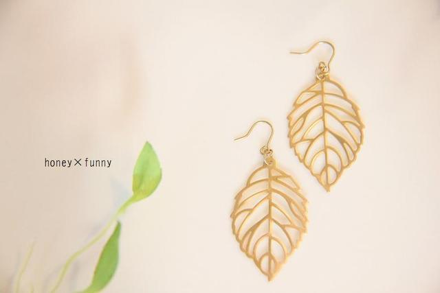 再販**a leaf