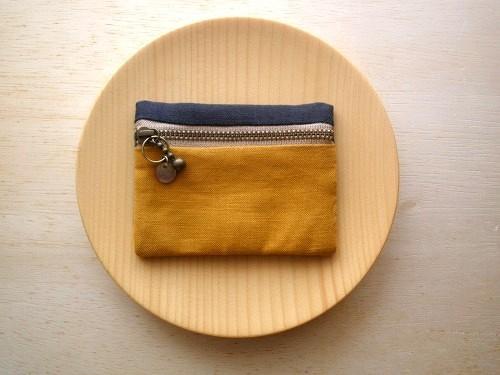 coin pouch (karashi)