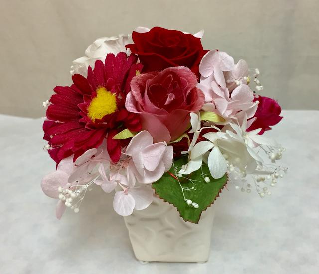 赤いバラと華やかガーベラ/プリザーブド...