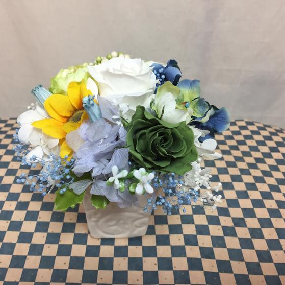 白いバラとブルーのアジサイ/プリザーブ...