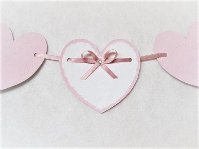 heart garland  *powder pink*