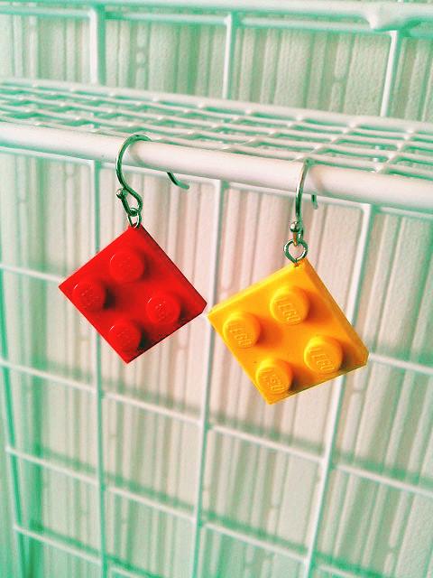 【Sold】おもちゃのブロックピアス