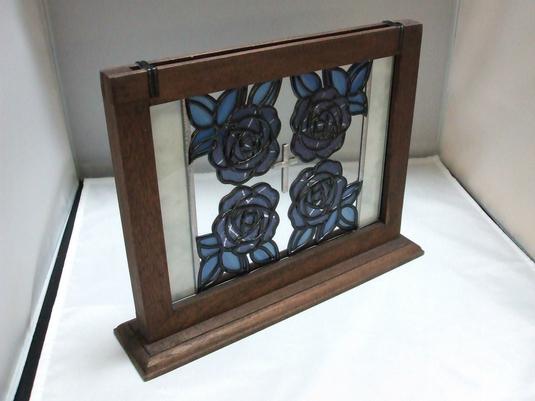 青い薔薇のミニ衝立(グラスアート作品)
