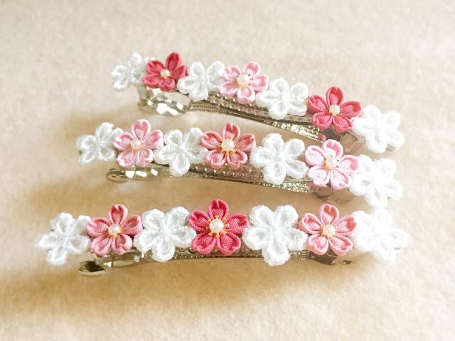 桜の花のバレッタ *つまみ細工*