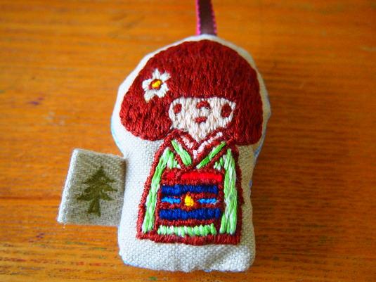 刺繍 キモノガール