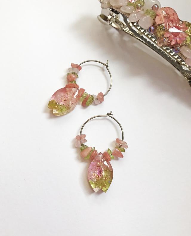 桜の花びらピアス