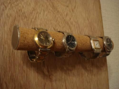 時計スタンド 4本掛け壁付き丸パイプ腕...