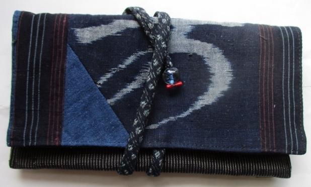 めくら縞と絵絣で作った和風財布、ポー...