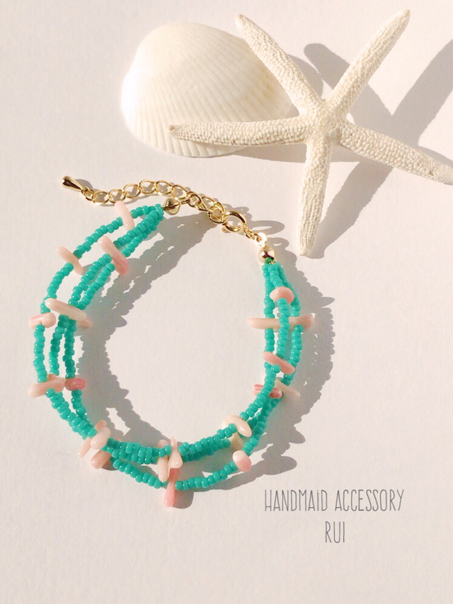 珊瑚の3連ブレスレット