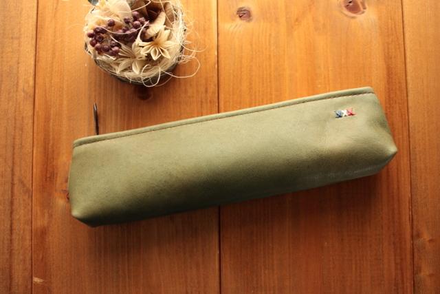 952 牛革のペンケース -オリーブグリ...