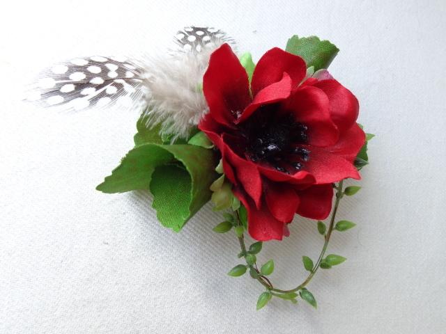 red anemone コサージュ