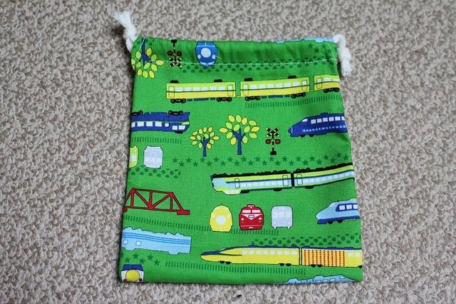 巾着 電車(緑)