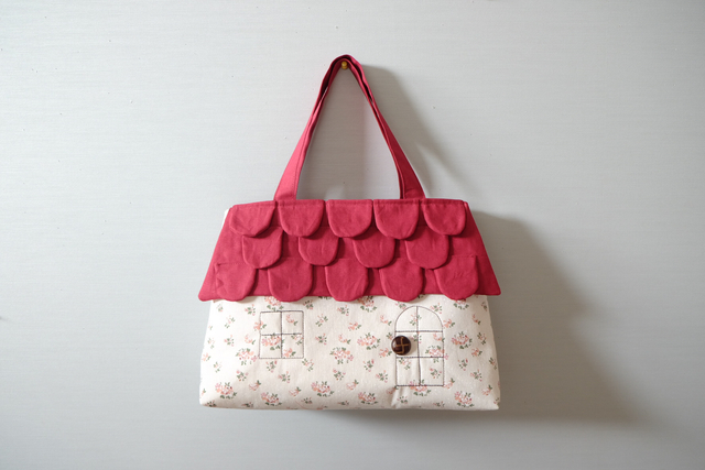 OUCHI トートバッグ  L   花柄+赤い...