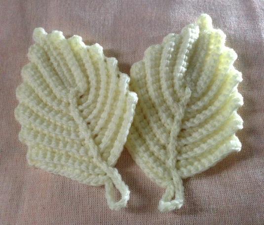葉っぱのアクリルタワシ(白)