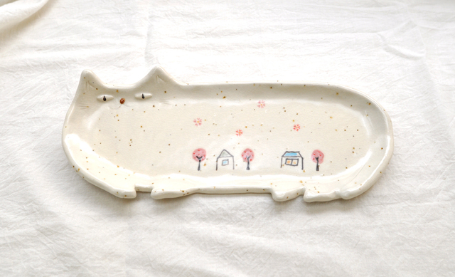 桜舞う町の猫皿(特大長皿)