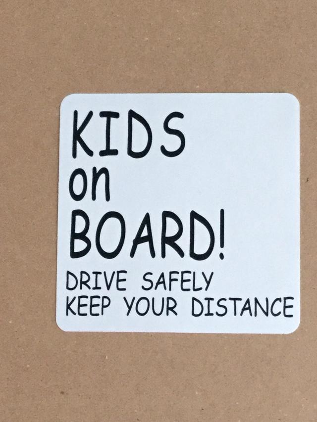 KIDS ON BORAD! 車 ステッカー