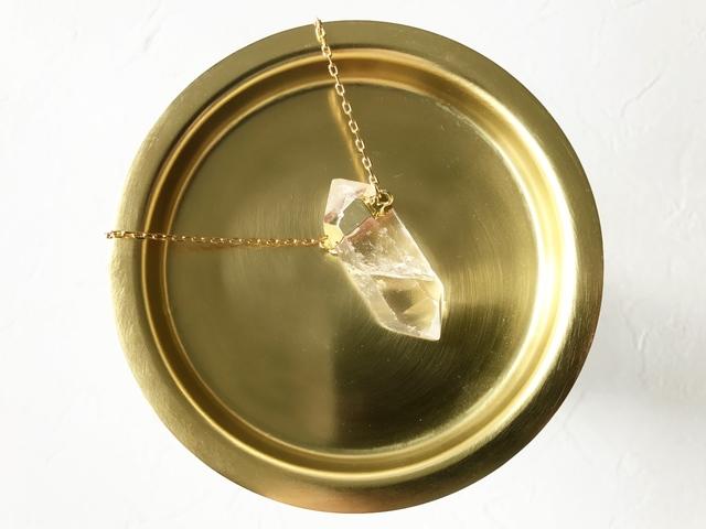 Crystal L necklace (NO.878)