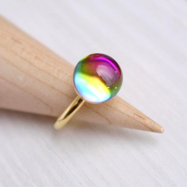 【新作お値引き中】虹色がみえるヴィン...