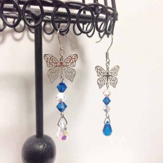 蝶のピアス-Blue-