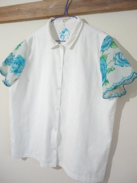 ハンカチーフ袖のブラウス M ブルー