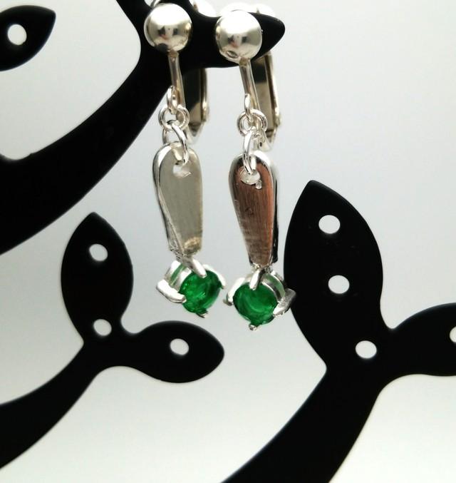 グリーンのイヤリング