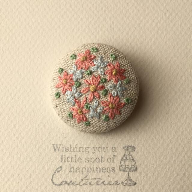 お花の刺繍 * ブローチ