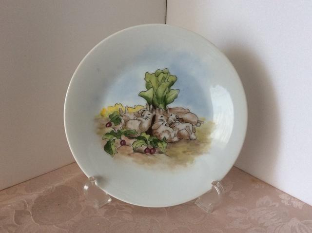 ピーターラビットの絵皿