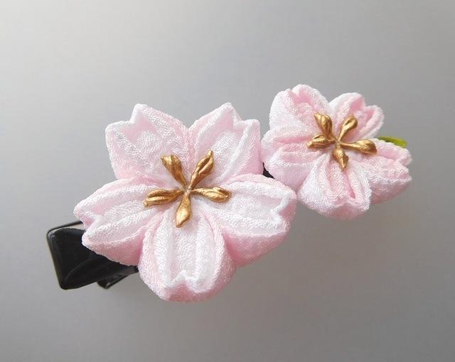 白×薄桜色 桜2輪のプチクリップ #つ...