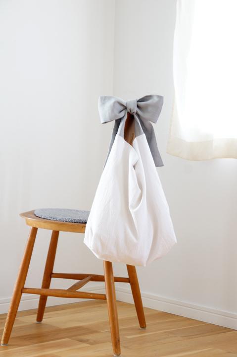 ★new★綿麻リボンのバッグ(グレー)