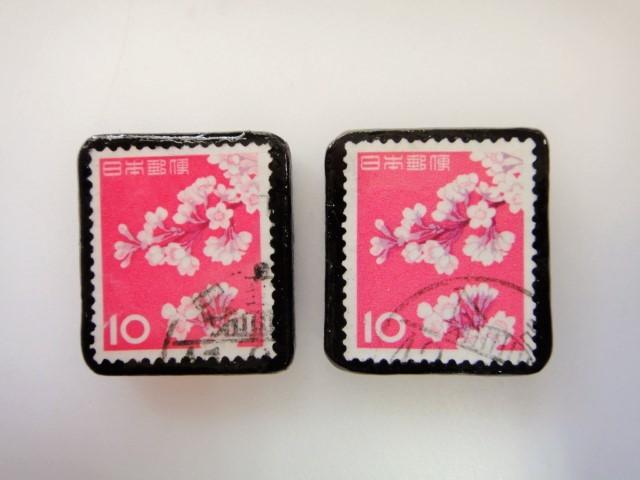 日本 桜切手ブローチ2個セット2417