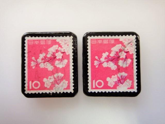 日本 桜切手ブローチ2個セット2418