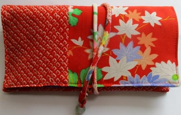 送料無料 花柄と絞りの羽織で作った和...