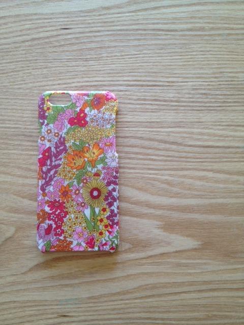 リバティ iphone6ケース(マーガレットアニー)