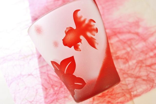 〜kingyo〜  金魚と椿  赤色のミニロックグラス
